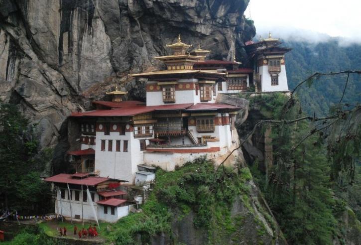 bhutan-extreme-bike-tours_1421316457_725x725